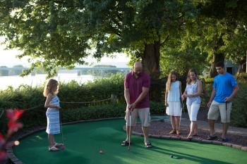 family-travel-tips-water-golf-harrisburg
