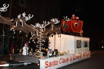 Enjoy the Christmas Under the Stars parade in Brownsburg on Dec. 7