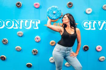 Cheat Day Land Donut Dumbell