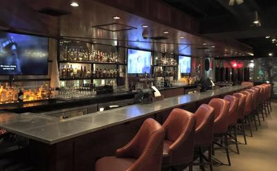 Providence S Newest Contemporary Yet Vintage Upscale Sports Bar And Restaurant The Vig Has Become A Fast Favorite With Comfort Food Craft Tails
