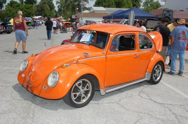 Crusin in Coatesville car show vw bug