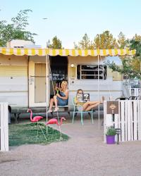 Schnepf Farms Cozy Peach Glamping Trailer Mom Daughter - Crowdriff