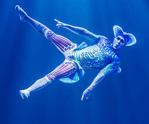 Cirque du Soleil, Photo by Martin Girard