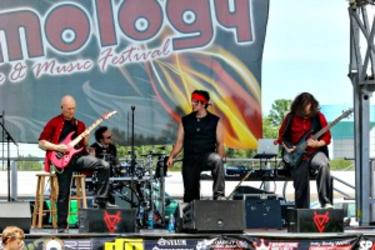 Slamology at Lucas Oil Raceway in Brownsburg, Indiana, features live music of all types.