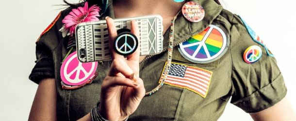 Peace PopSocket on an Iphone from PopSockets
