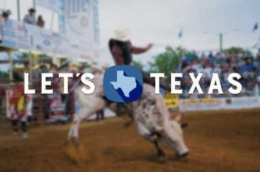 Texas Guest Ranches | Cabins, Lodging & Trail rides