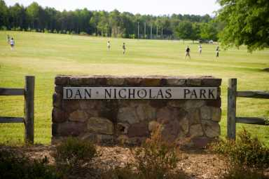 dan nich sign.jpg