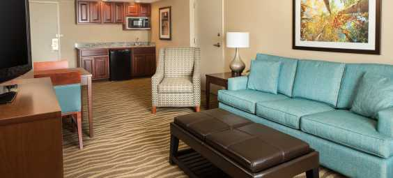 Guest room suite with Kichenette