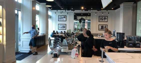Parisi Cafe Downtown Overland Park