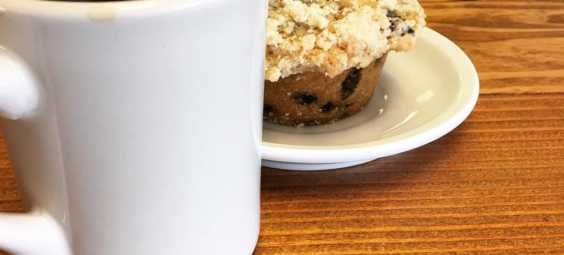 Mud Pie Overland Park Kansas Vegan Muffin