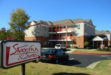 Stay Inn & Suites Exterior
