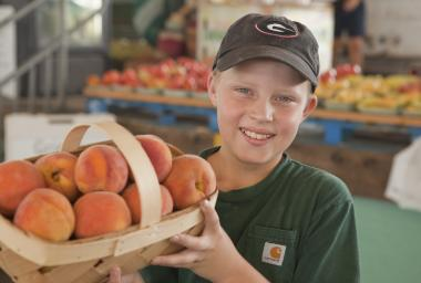 Selling Peaches