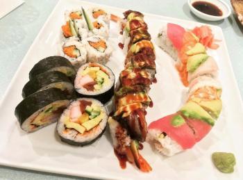 Yoshis sushi platter