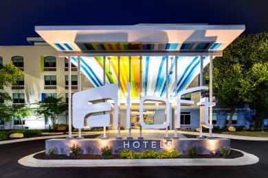 Aloft Hotel Harbison 1