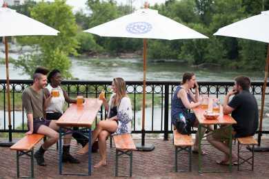 Riverfront Park - Bierkeller