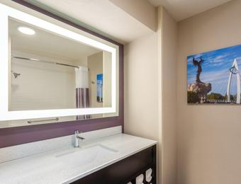 La Quinta Inn Airport Guestroom Bathroom partner provided Visit Wichita