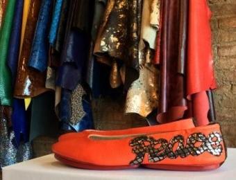 Aida Stenholm Shoe peace