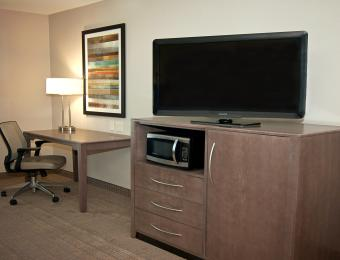 Holiday Inn Exp NE DeskTV Visit Wichita