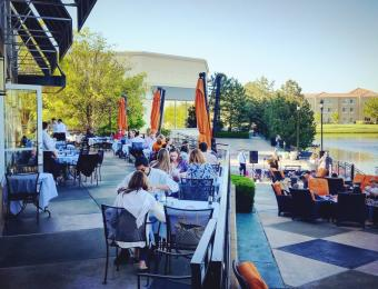 Newport Grill_Outside Dining