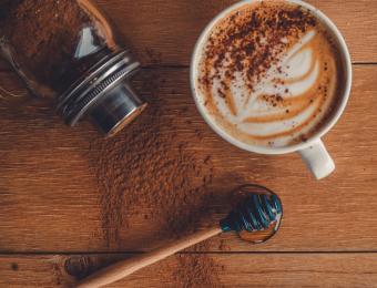Flavors Bee's Knees latte