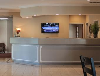 Inn at Tallgrass Lobby