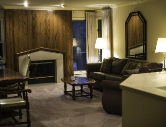 Inn at Tallgrass Living Area Visit Wichita