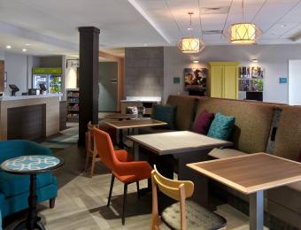 Lobby Home2 Suites by Hilton Wichita Downtwon Delano