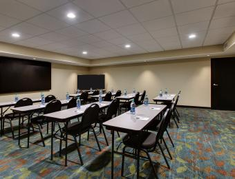 Candlewood Suites Wichita East Meeting Room