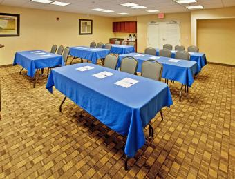 Holiday Inn Exp A/P Meeting Rm Visit Wichita