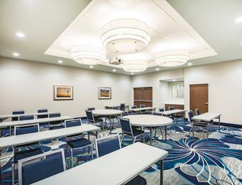 La Quinta NE meeting room Visit Wichita