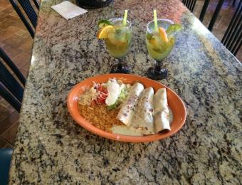 Play Azul Enchilada Dinner