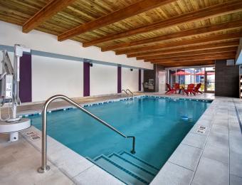 Pool Home2 Suites by Hilton Wichita Downtown Delano