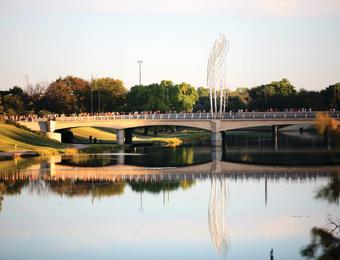 Prairie Fire Marathon 2015_Bridge_Greater Wichita Sports Commission