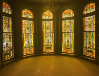 TempleLive Venue Stain Glass