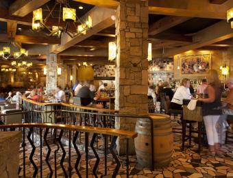 Yaya's Eurobistro Bar