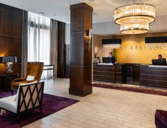 Ambassador Hotel Wichita - Lobby