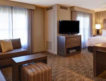 Homewood Suites Waterfront - Room