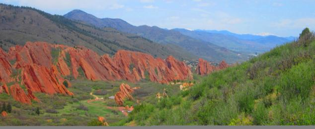 Rock formations and valley of Roxborough State Park