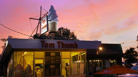 Tom Thumb Drive-In