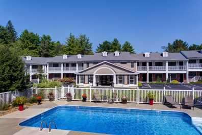 Relax and Unwind in the Heart of Kennebunk