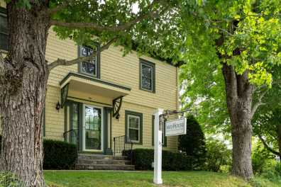 1802 House Bed and Breakfast Inn