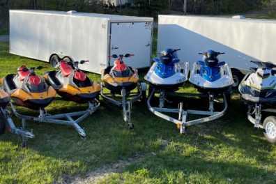 Jet-Ski Lineup