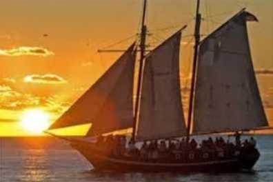 Camden Harbor Sunset tour