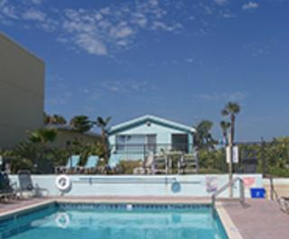 A1A Beach House Inn & Suites