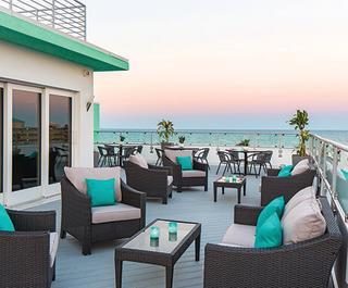 Streamline Hotel Sky Lounge