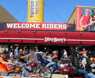 Dirty Harry's Pub & Package
