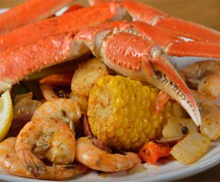 River Grille on the Tomoka seafood boil