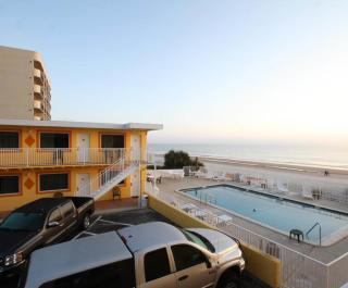 Oceanfront Inn & Suites
