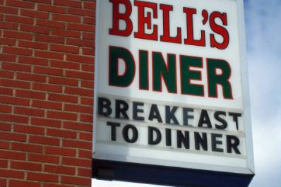 Bells-Diner-KathyToth.com_.jpg