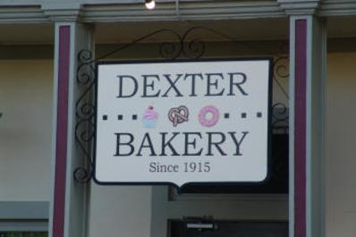 Dexter_Bakery_sign_small.JPG